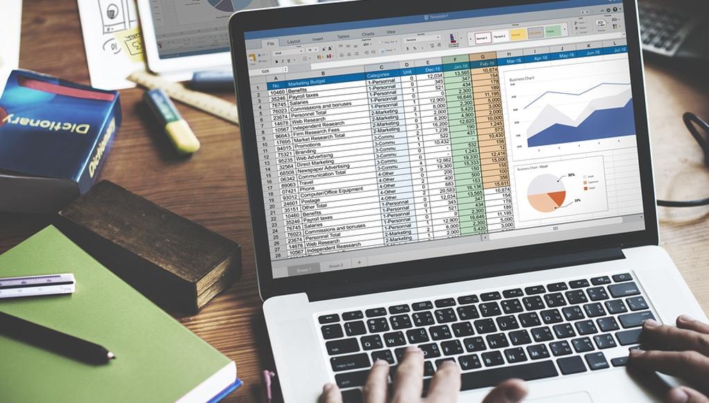 Spreadsheet-Data-Computer-Feature-Image.jpg